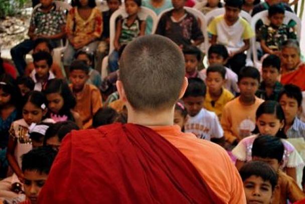 Ayya Yeshe teaching meditation